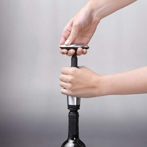 oxo-vacuum-wine-pump-stoppers