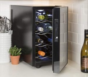 Koolatron-WC08-Thermoelectric-8-Bottle-wine-cooler-countertop